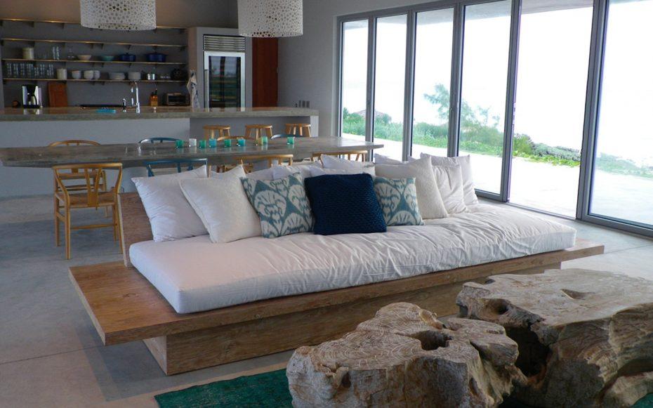 Julia Aulenbacher - Interiors +++ Longhouse Berry Islands Bahamas 5