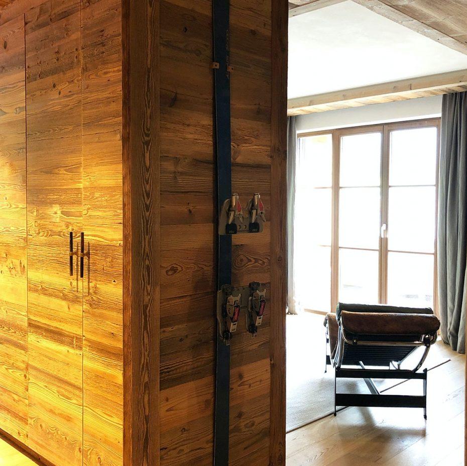 Julia Aulenbacher - Interiors +++ Das blaue Chalet Lech 14